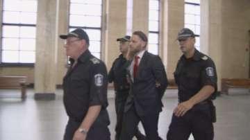 Полфрийман оттегли искането си за предсрочно освобождаване от затвора у нас