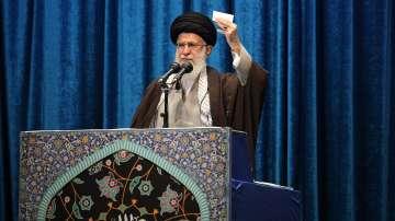 Аятолах Хаменей с първа проповед от 8 години