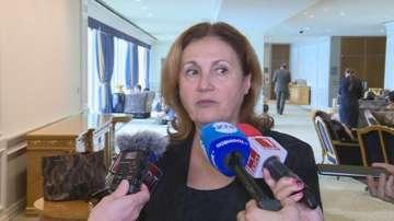 Румяна Бъчварова: Сриващото се доверие в управлението е притеснително