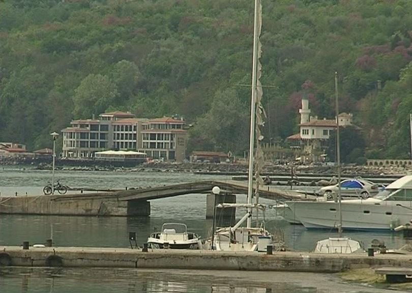 Пристанището в Балчик е затворено заради силен вятър
