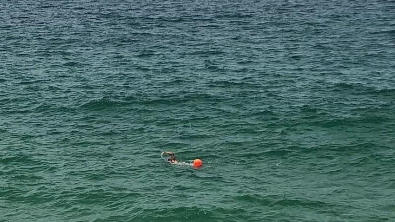Американка преплува четири последователни пъти Ламанша. За първи път се