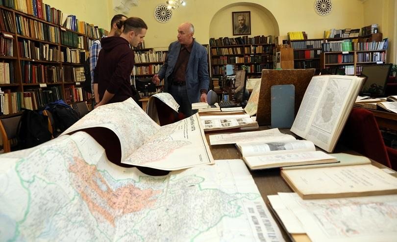 Снимка: Библиотеката на БАН чества 150-годишнина с картографска изложба