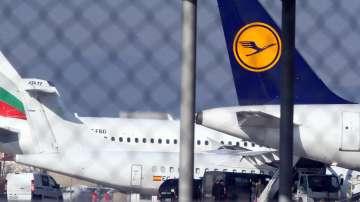 Баневи пристигнаха в София с различни полети от Германия