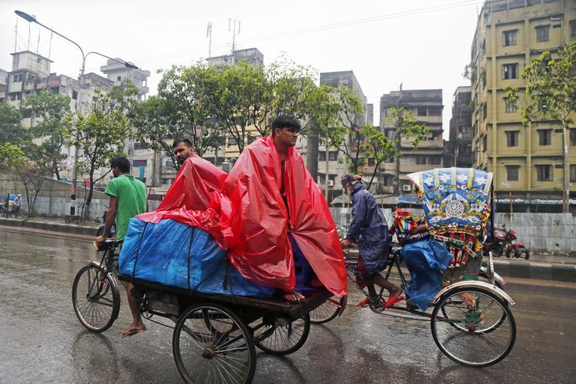 циклонът фани нанесе огромни щети бангладеш