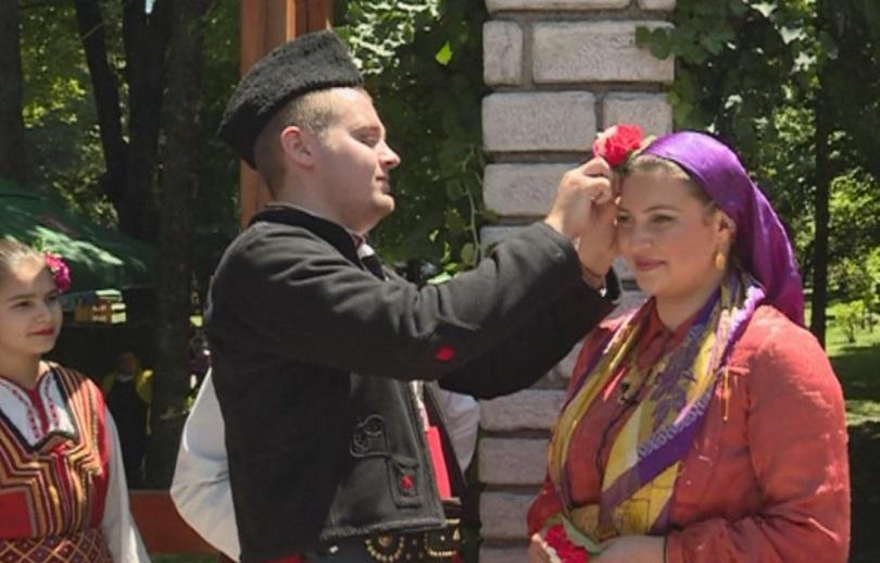Възстановка на стара банска сватба показаха по време на Първия
