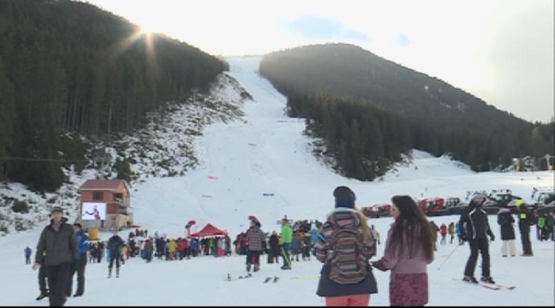 Зимата дойде и любителите на зимните спортове с нетърпение чакат