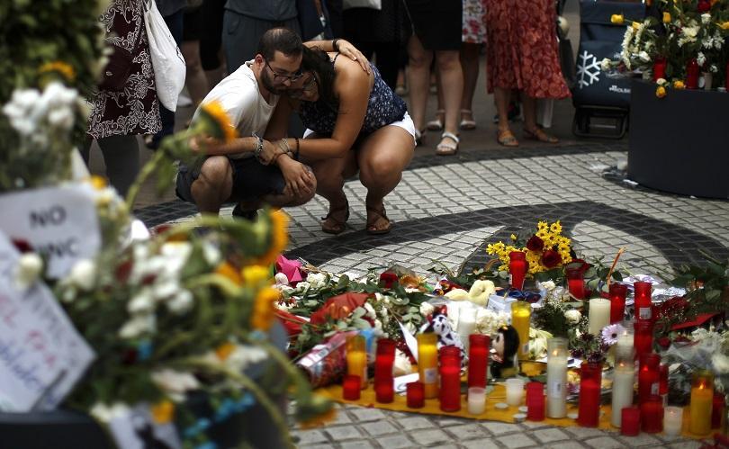 В Барселона почетоха паметта на жертвите от терористичното нападение преди