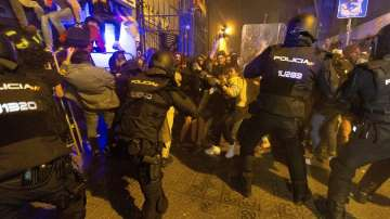Отново сблъсъци при протестите в Барселона