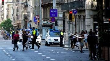 Роднини на двама българи в Барселона нямат връзка с тях от доста време