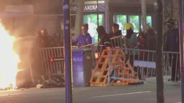 Нови сблъсъци между каталунски сепаратисти и полицията в центъра на Барселона