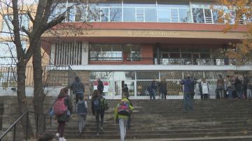Родители подкрепиха бащата, който се бори децата му да останат в България