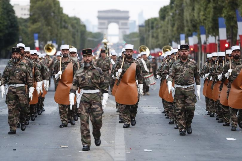 Войници от Френския чуждестранен легион по време на репетиция за парада по случай Деня на Бастилията