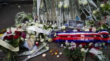 В Париж почетоха паметта на жертвите на атентатите от 2015 г.