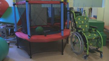 Анонимен благодетел дари батут на деца с увреждания
