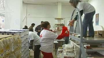 БЧК раздава хранителни продукти на близо 300 000 души
