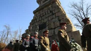 БЧК и Гвардейската част организираха поклонение пред Докторския паметник в София
