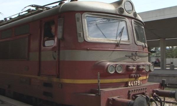 Снимка: Повреда в скоростомера забави бързия влак за Свиленград с 47 минути