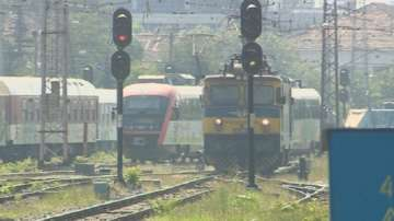 НКЖИ подписа договор за модернизацията на жп участъка Костенец-Септември