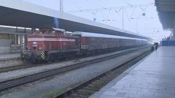 БДЖ пуска още 15 400 места във влаковете за Коледа и Нова година