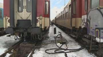 Влак дерайлира в Креснеското дефиле