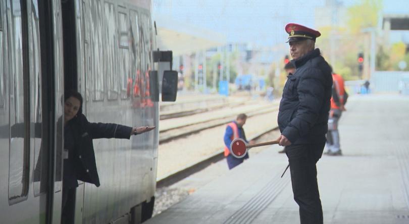 БДЖ обяви обществена поръчка за 40 нови вагона за 76
