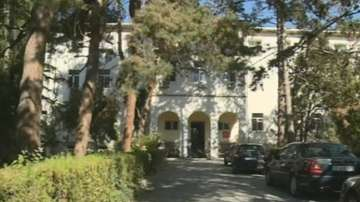 Жената, изоставила бебето в Петрич, отрича да му е майка