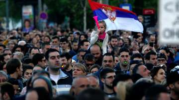 Протестиращите в Сърбия искат анулиране на президентските избори
