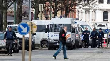 Обвинения и нови полицейски операции в Брюксел