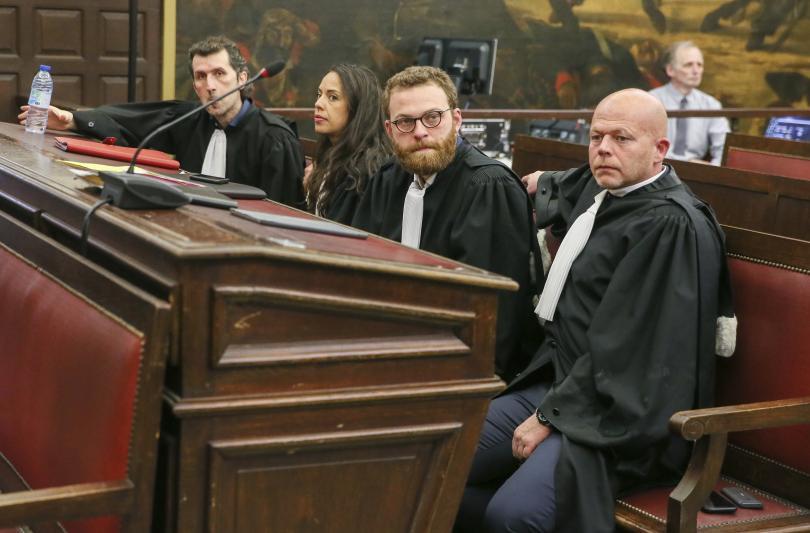 снимка 1 Салах Абдеслам бе осъден на 20 г. затвор от съда в Брюксел
