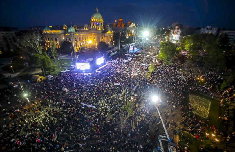 Пореден протест срещу президента Александър Вучич в Сърбия. Стотици се