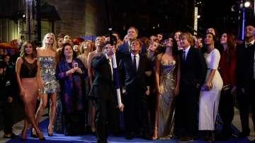 Актьорът Бен Стилър постави рекорд на Гинес за най-дълъг селфи стик