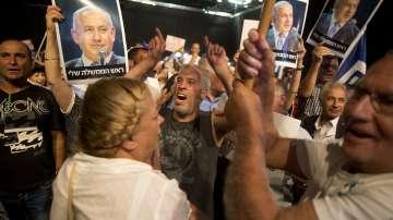Стотици се събраха в Тел Авив на митинг в подкрепа на премиера Бенямин Нетаняху