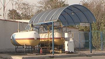 Запорираха 42 000 литра енергийни продукти заради данъчни задължения