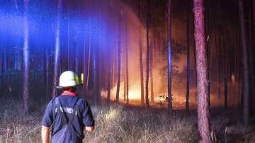Голям пожар гори край Берлин, евакуирани са 600 жители от близките села