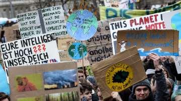 Ученици по света протестираха за климата