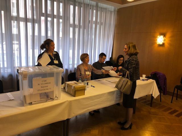 умерена активност гласуване без нарушения избирателната секция берлин
