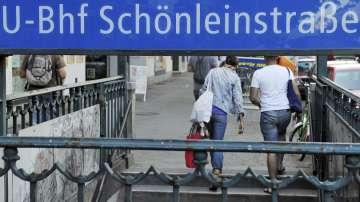 Повдигат обвинения на бежанците опитали да подпалят бездомник в Берлин