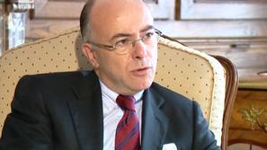 Кой е  новият премиер на Франция - Бернар Казньов