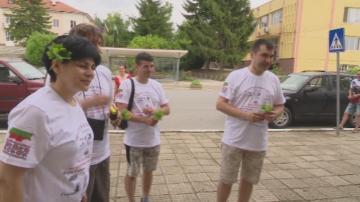 Седем българи от Молдова предприеха пешеходен поход по стъпките на предците си