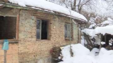 Бездомна жена от Елена живее сама на студа