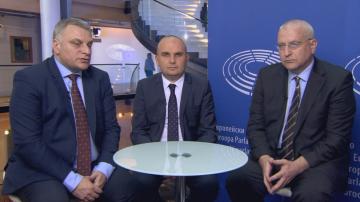 Български евродепутати: Оптимисти сме, но опасността от Мобилност не е минала