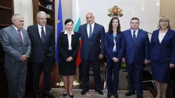 Борисов, Цацаров и министри се срещнаха с трима еврокомисари