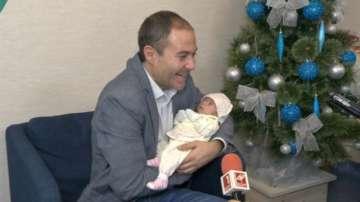 """Първата Коледа за бебета, спасени с апаратура от """"Българската Коледа"""""""