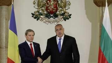 Румънският премиер похвали страната ни, че се справя с бежанската криза