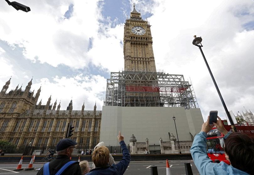 Камбанен звън отново прозвуча за Коледа от часовника на кулата