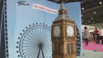 Британка изработи двуметрова торта - копие на Биг Бен в Лондон