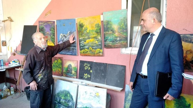 социалният министър посети националния център рехабилитация незрящи