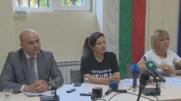 Бисер Петков се срещна с родители на деца с увреждания и омбудсмана Мая Манолова