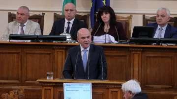 Изслушаха в НС социалния министър Бисер Петков за хода на реформите