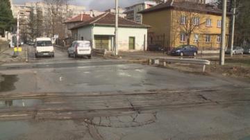 Административна грешка спира изграждането на железопътен подлез в Благоевград